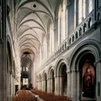 http://more.locloud.eu/content/pol_mayer/france/PMa_F_712_Bayeux.jpg